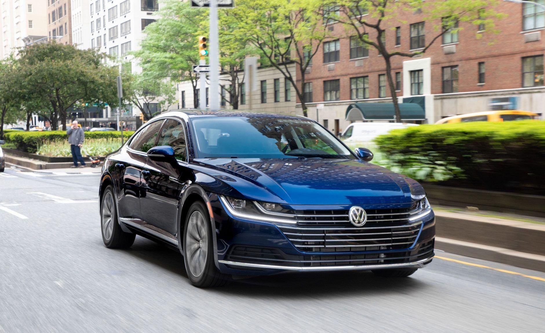 2021 Volkswagen Arteon Review Vw S Stylish For You Volkswagen Volkswagen Car Porsche Panamera