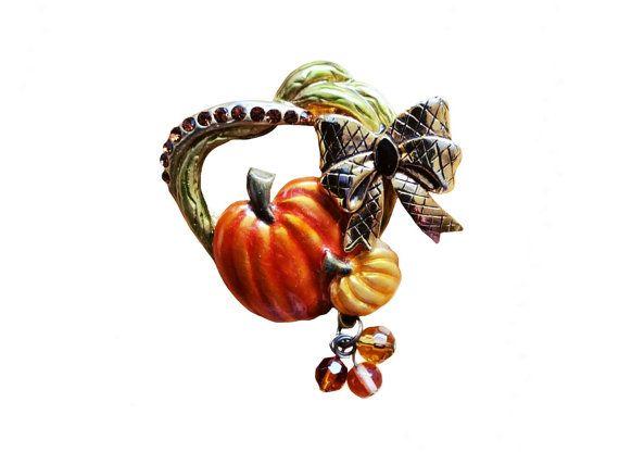 Vintage Pumpkin Festive Brooch Signed KC by JacobandCharlies #halloween #halloweenjewelry #pumpkin #hallowenpin