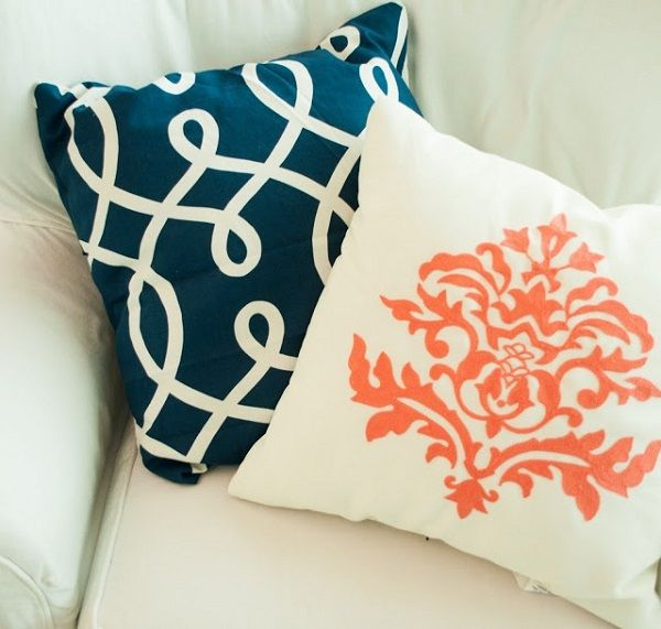 DIY Accent Pillows To Update Your Home Interior Decor Pinterest Cool Navy Blue And White Decorative Pillows