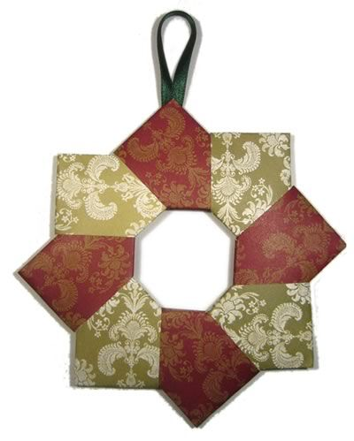 Origami Wreath Homemade Christmas Decoration  step by step