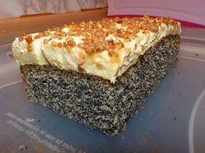 Illes super schneller Mohnkuchen ohne Boden mit Paradiescreme und Haselnusskrokant #schnelletortenrezepte