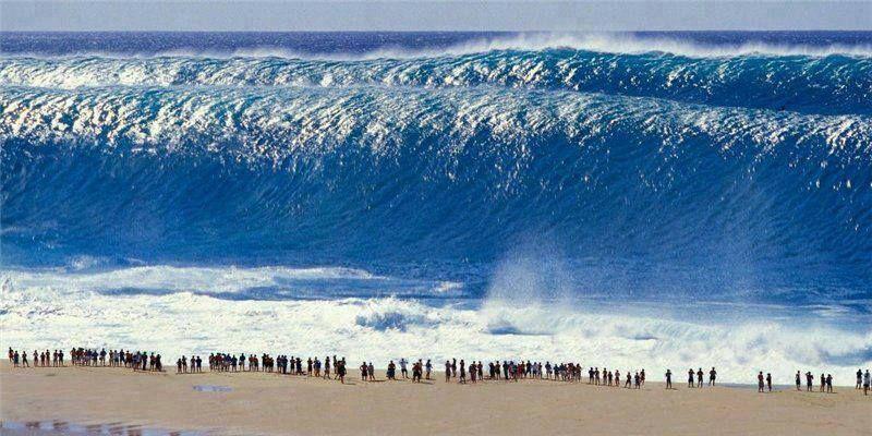 55f939018e Miracle  Pipeline. Oahu s North Shore