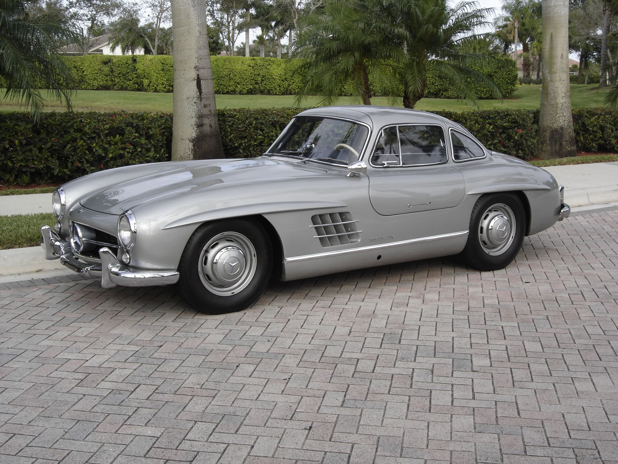 1955 Mercedes Benz Gullwing Coupe With Images Mercedes Benz