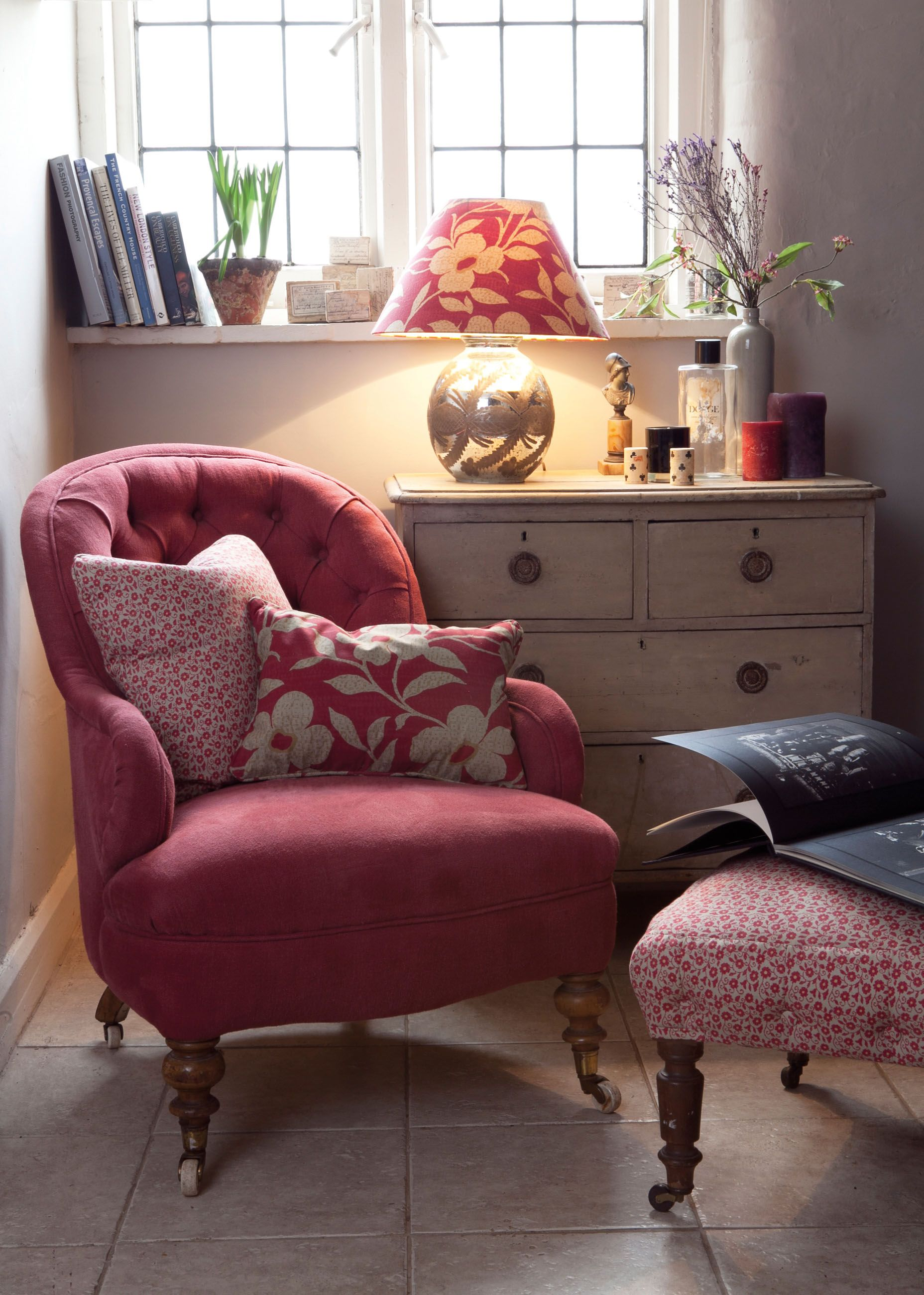 English country cottage raspberry accents