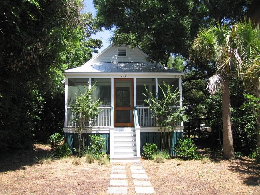 Vintage 40 S Folly Beach Cottage Houses For Rent In Folly Beach Cottage Homes Renting A House Beach Cottages
