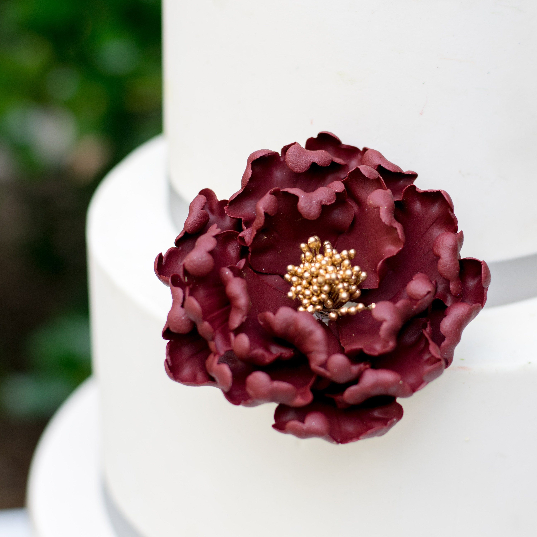 How I Make Burgundy Gumpaste Sugar Flowers Unique Cake Toppers Unique Cakes
