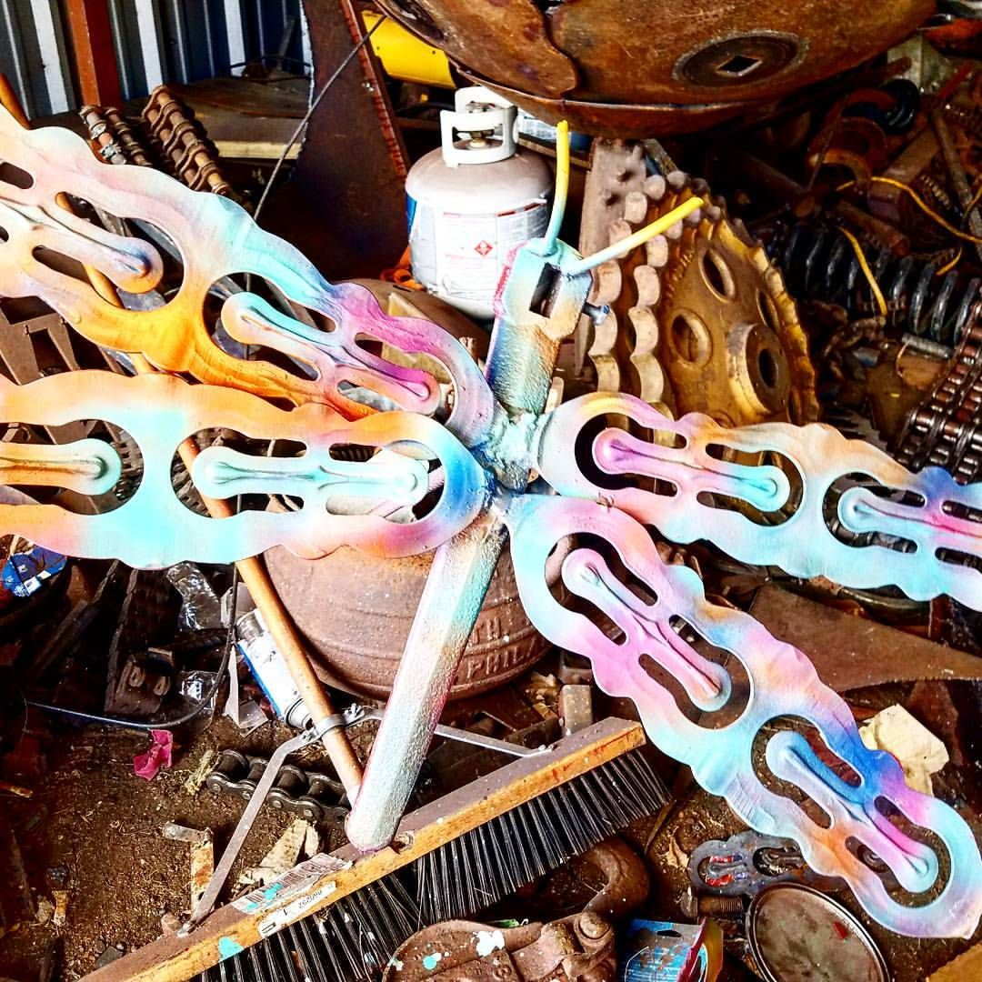 Do it yourself scrap metal art ideas made with junk yard metal and do it yourself scrap metal art ideas made with junk yard metal and salvaged found objects solutioingenieria Gallery