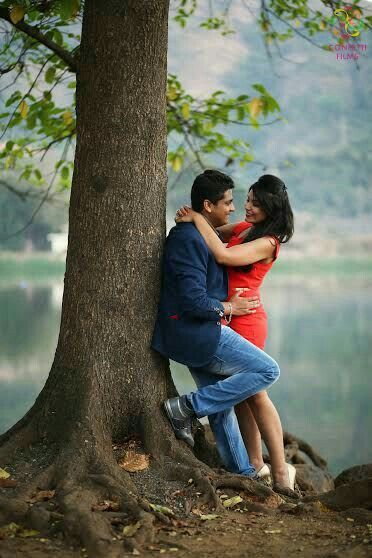 In The Love Of Life Pre Wedding Photoshoot Outdoor Pre Wedding Poses Pre Wedding Photoshoot