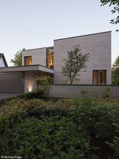 Ganzheitliche Architektur. EinfamilienhausModerne HäuserArchitektenMagazinEssenKleine  ...