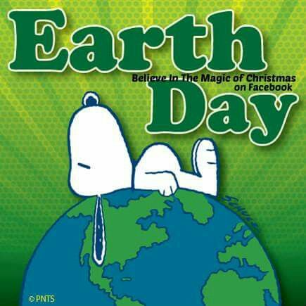 I love this cute Snoopy Earth Day poster!!! Bebe