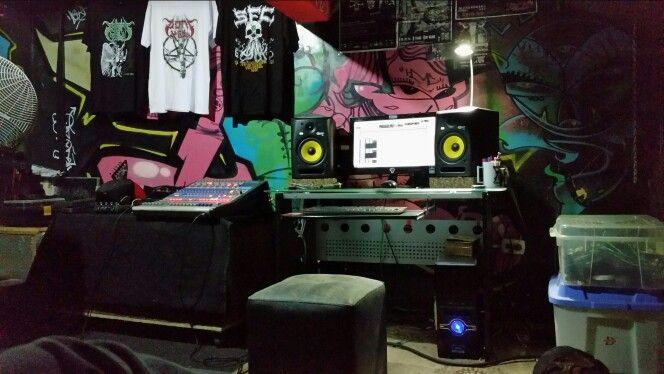 recording new #songs #AsiloArkham #band #grunge #alternative #rock #music #Lima #Peru #rockperuano