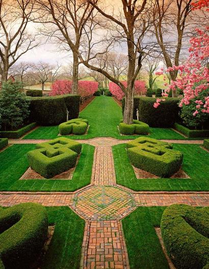 Knot Garden, Gardens At Glen Burnie, Winchester, VA: Ron