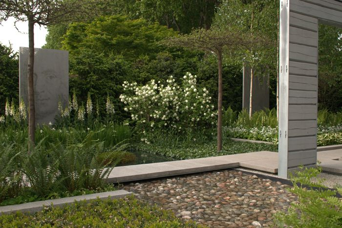 A Tribute to Linnaeus, gradina proiectata de Ulf Nordfjell in 2007, a luat medalia de aur la Chelsea Flower Show