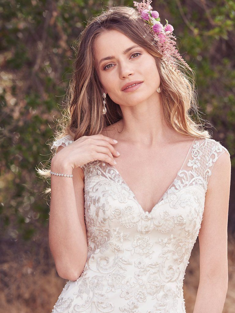 Pin de Lola bond🇵🇷❤ en Bridal dress | Pinterest