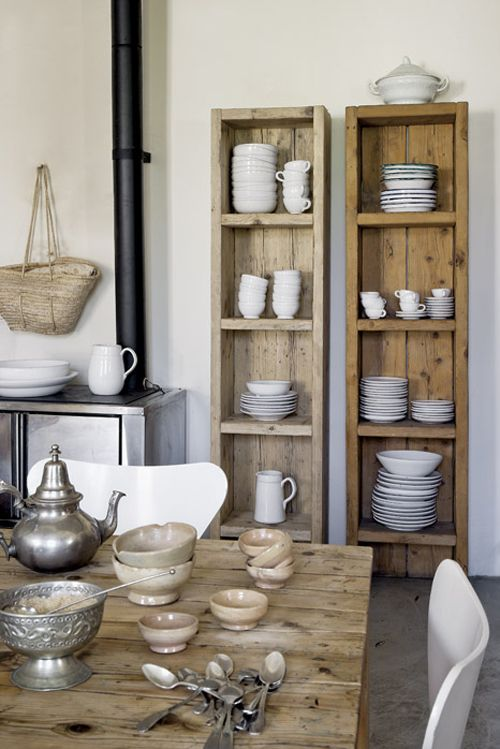 Shelves and white dishes | For the Home | Pinterest | Repisas ...
