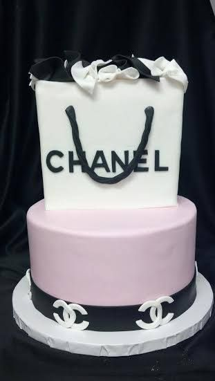 Pleasing Chanel Designer Birthday Cake By Bella Christie And Lil Zs Funny Birthday Cards Online Fluifree Goldxyz