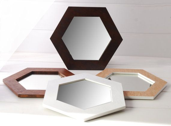 white hexagonal mirror wooden on the wall style scandinave miroirs et d co maison. Black Bedroom Furniture Sets. Home Design Ideas