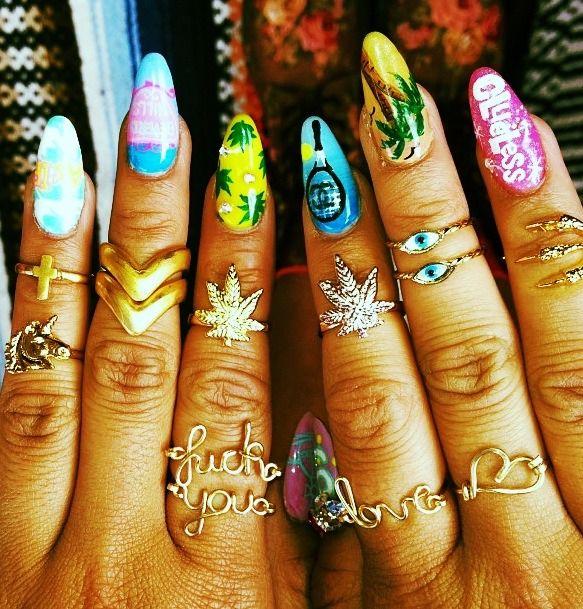 nails and rings. ❤