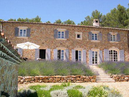 Le mas de la location de vacances Mas en pierre à Draguignan ,Var - location maison avec piscine dans le var