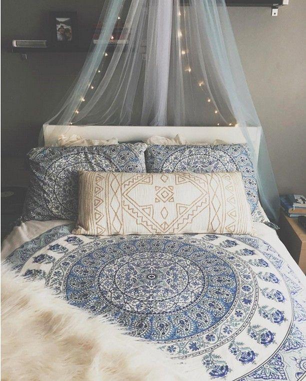 die besten 25 boho teen bedroom ideen auf pinterest schlafzimmer dekor boho boho. Black Bedroom Furniture Sets. Home Design Ideas