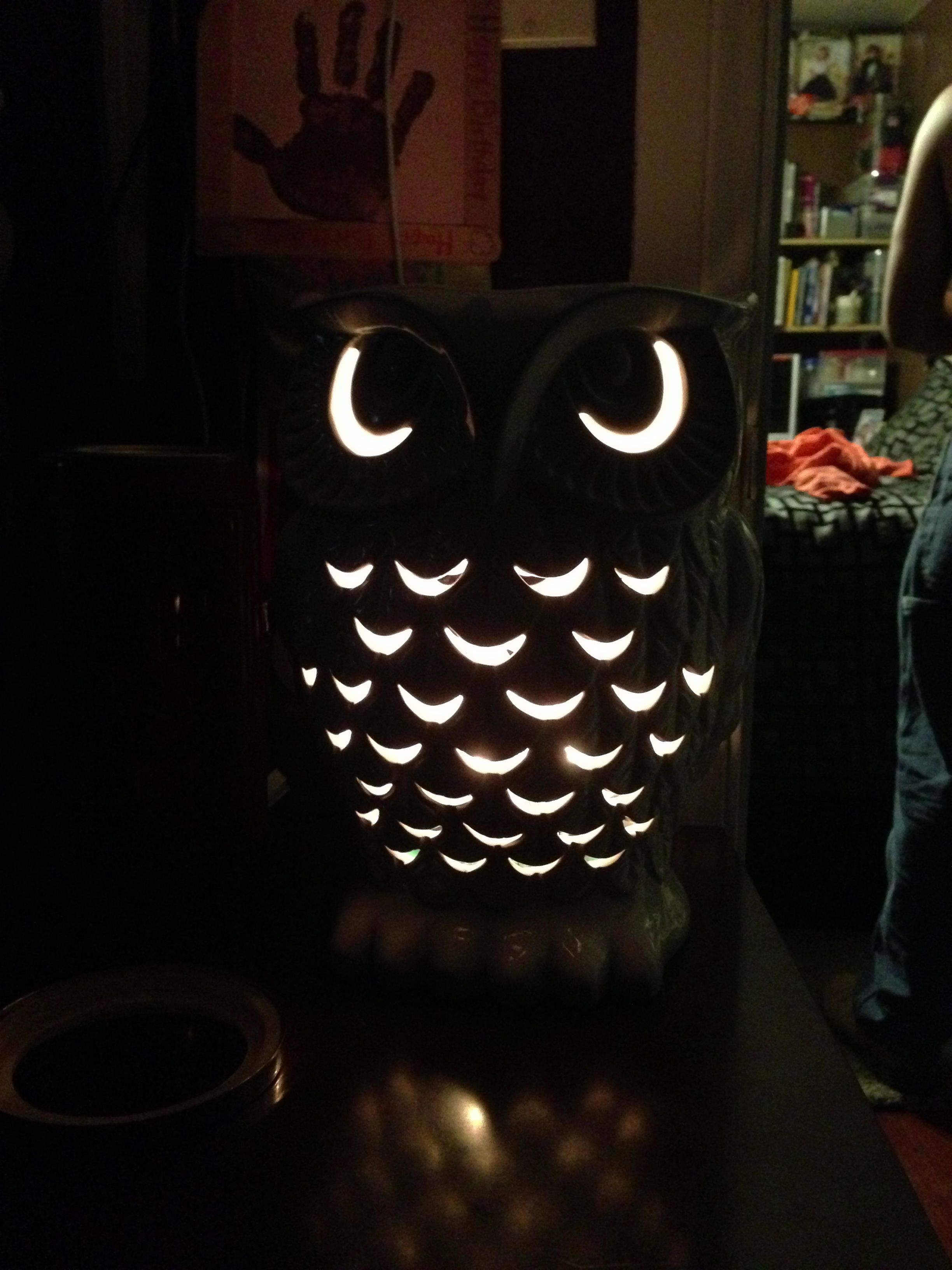 My daughter's new Owl candle holder from bath and body works!! Love it!!❤