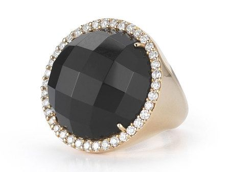 Check out this brilliant Roberto Coin 18K Rose Gold Round Onyx and Diamond Ring from the Cocktail Collection!!