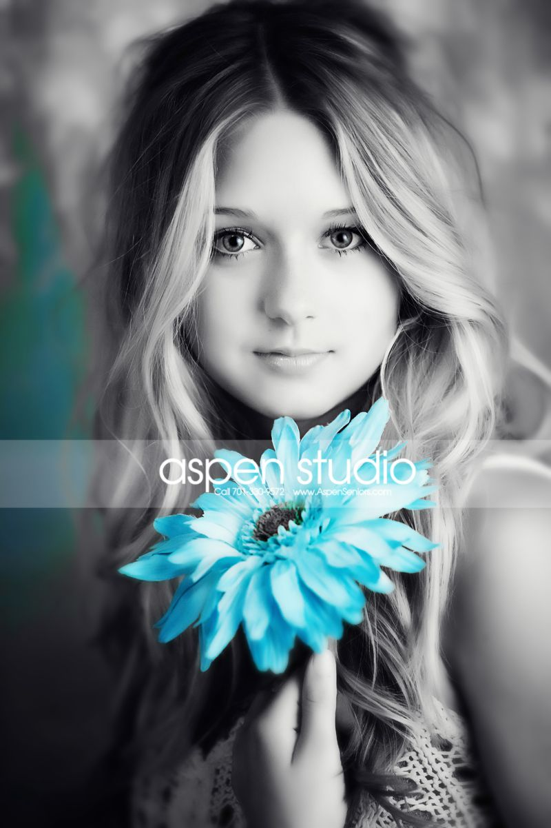 Senior Pictures- love when there black and white but there's that splash of color(: