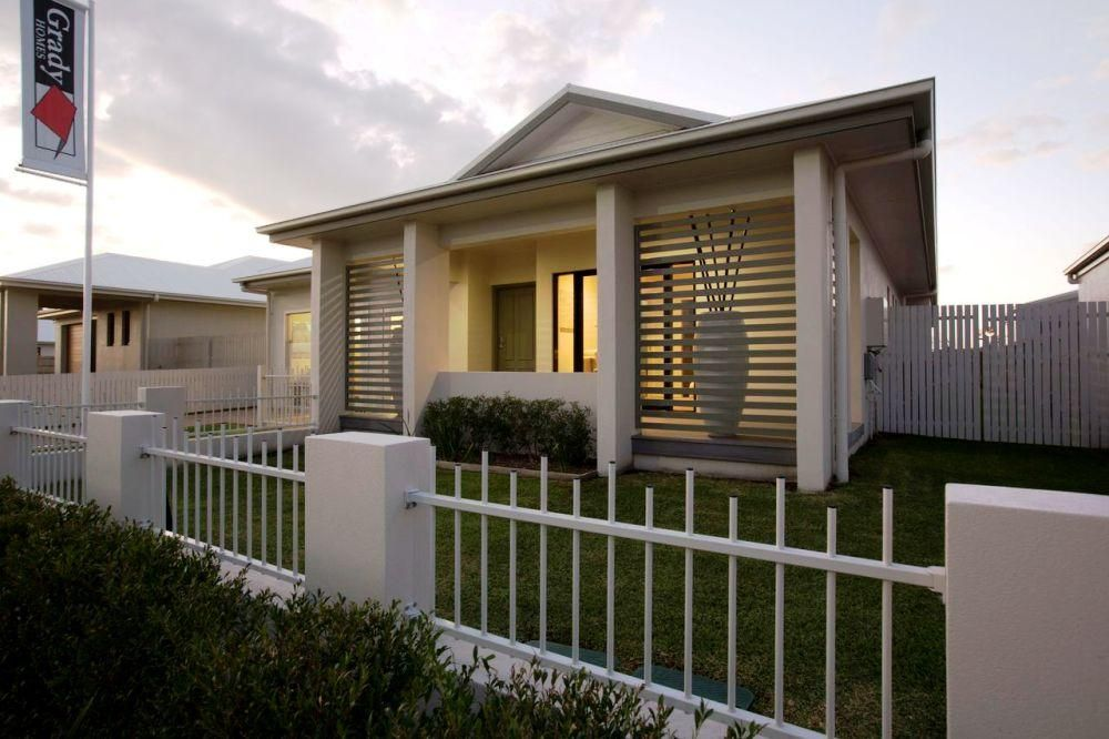 Front facade house design single storey display home for Beach house designs townsville