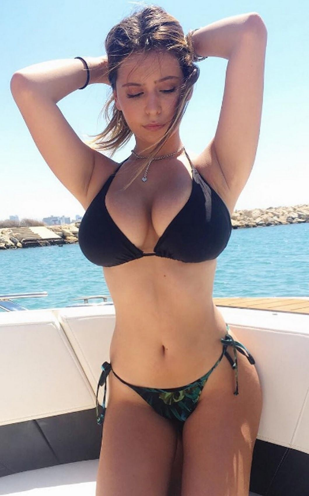 Sexy Bikini Blog