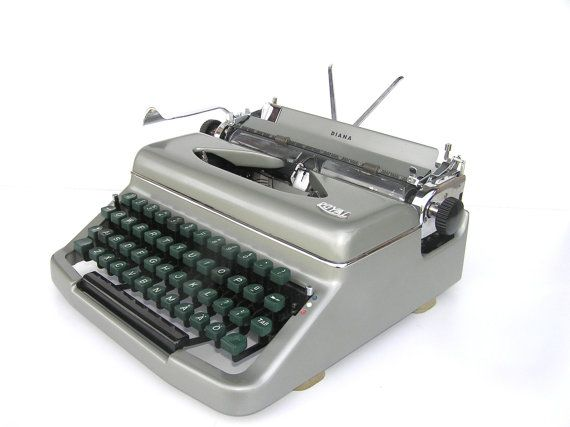 Working Typewriter Good Working Condition Royal Diana Etsy Working Typewriter Typewriter Vintage Typewriters