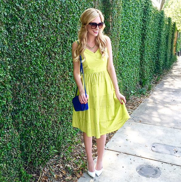 A Pinch of Lovely wearing Donna Morgan's Joanne dress in Lemon Grass! #fashionblogger #ootd #springstyle