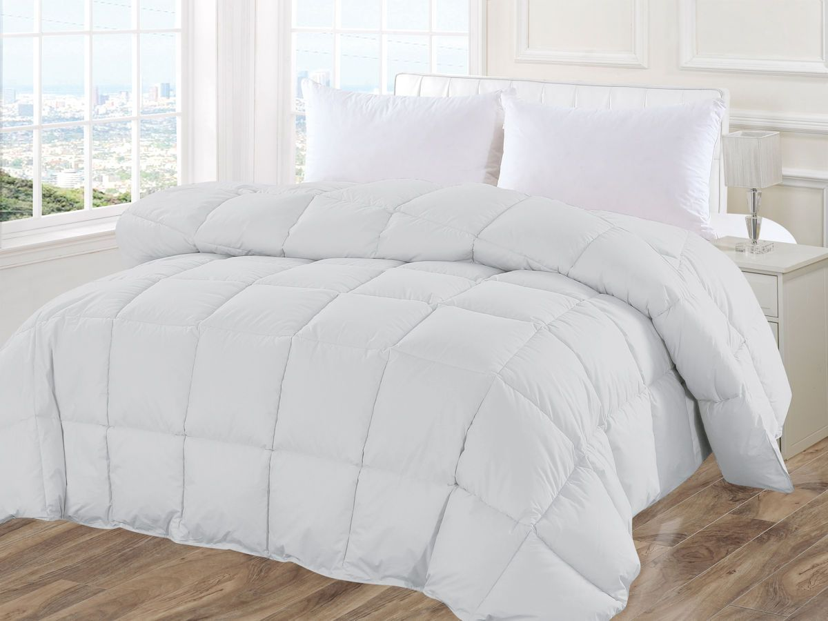 NEW Simmons Down Alternative Comforter Twin 233 Thread Count Cover White