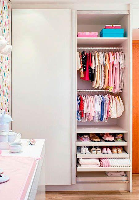 Trucos de almacenaje para habitaciones infantiles almacenaje infantil pinterest armarios - Organizar armarios empotrados ...