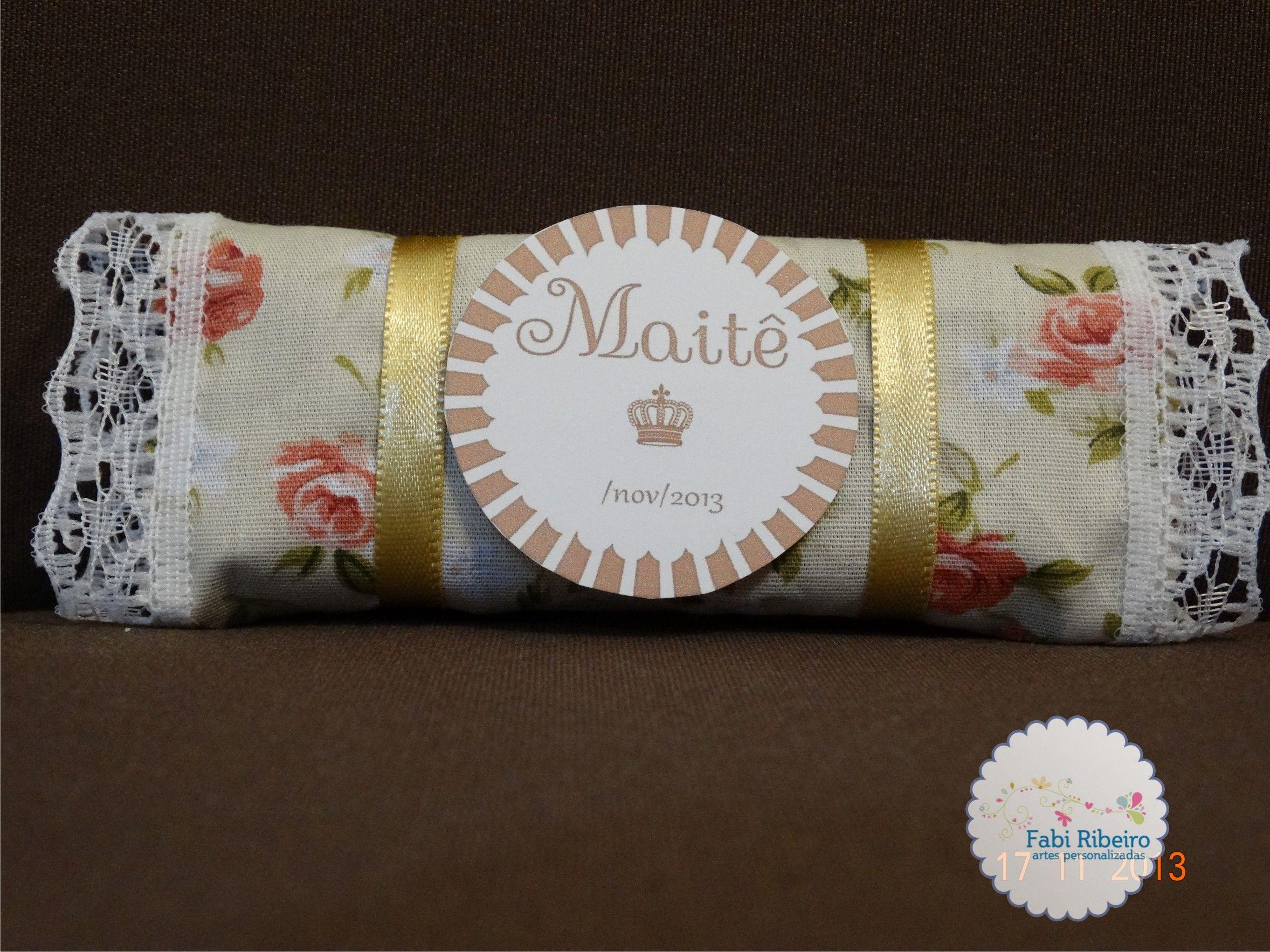 Maternidade, papelaria personalizada, chocolate em tecido, scrapfesta, princesa, coroa.