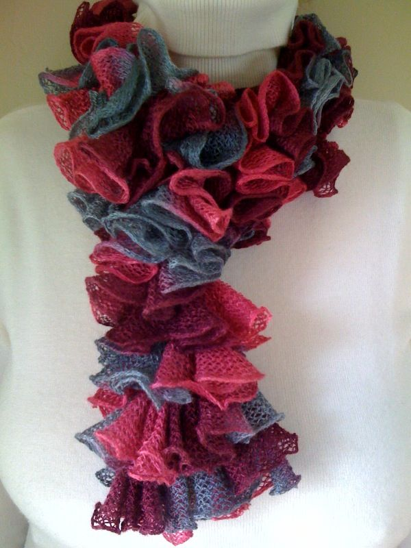 Ruffled scarf crocheted with double crochets. Free video and written pattern available at www.SimpleAndSensational.com.