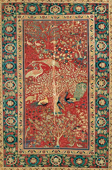 Court Carpets Of The Ottoman Safavid And Mughal Empires