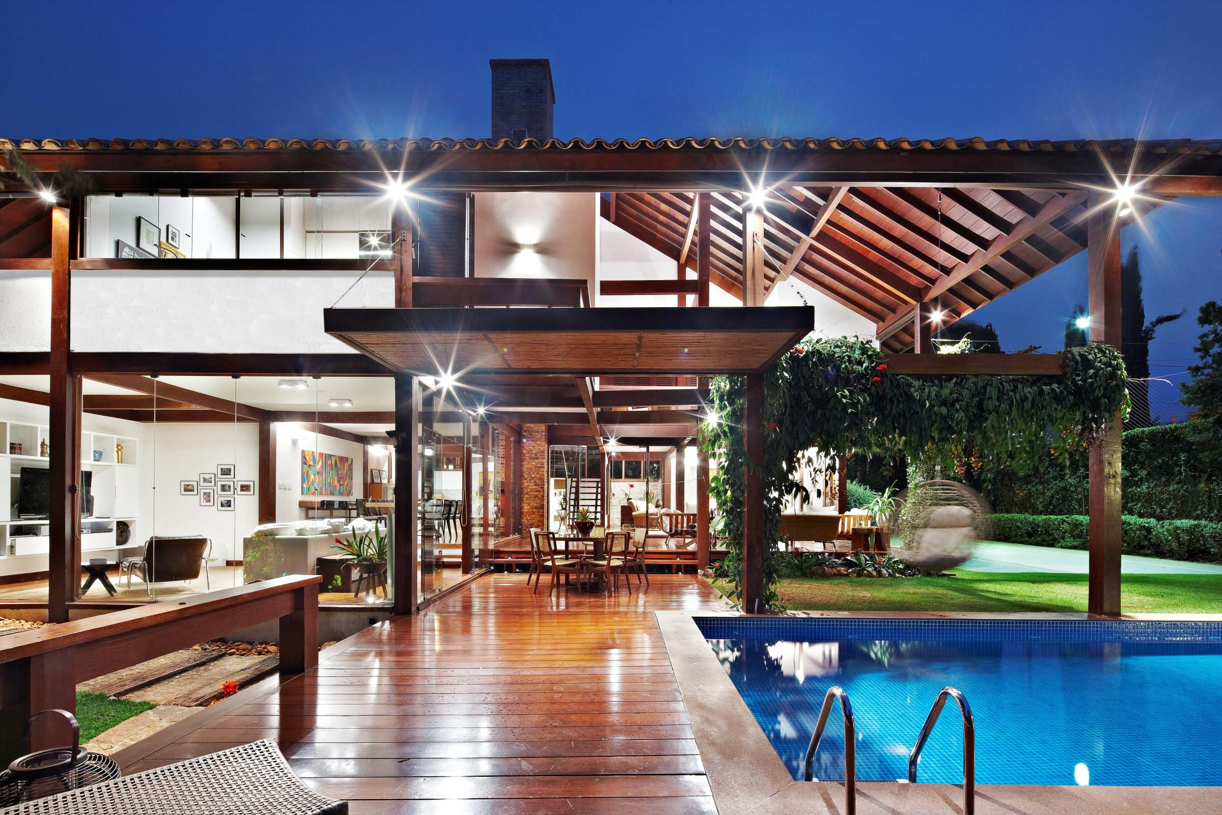 Indoor outdoor synergies modern tropical house idea