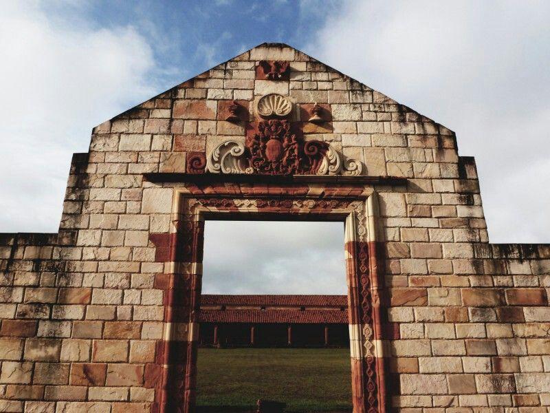 Puerta De Entrada De La Misión San Cosme Y San Damian Itapúa Paraguay Frame Missions Mirror