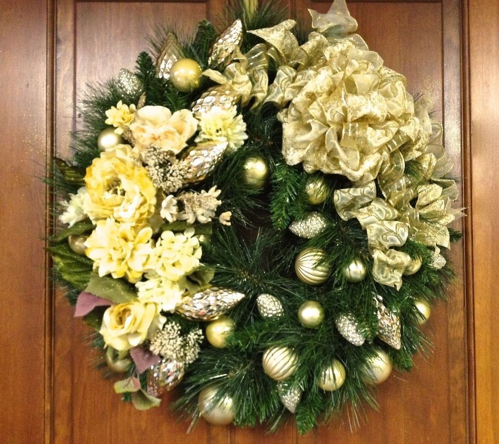 Christmas Wreath Gold Cream Silk Floral Shatterproof Ornaments 27 ...