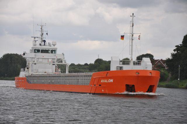 AVALON Bouwjaar: 2009, imonummer: 9387322, grt: 2545 Eigenaar: Morgan Shipping C.V., Woudsend http://koopvaardij.blogspot.nl/2016/08/thuishaven-woudsend.html