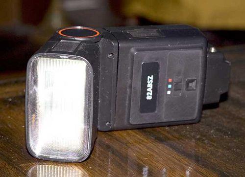 3 Lights Studio for Under $100 - DIY Photography
