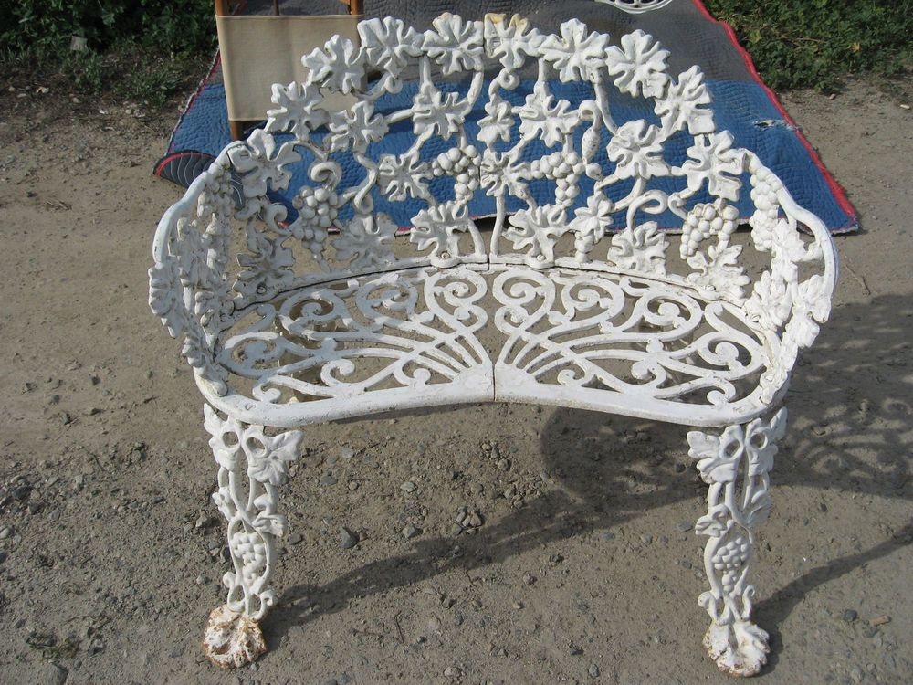 Vintage Antique Cast Iron Grape Vine Patio Bench 2 Seater Love