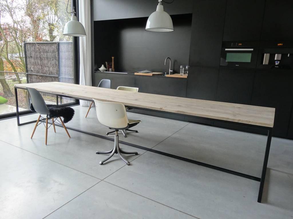 Pure industriele tafel steigerhout met stalen frame u003e alleen iets