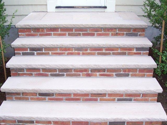 Best Limestone Treads On Brick In 2019 Bluestone Patio Brick 400 x 300