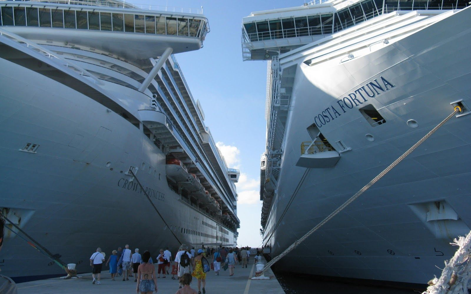 Huge Cruise Ships Harbored The Wallpaper Database Queens Of - Huge cruise ship