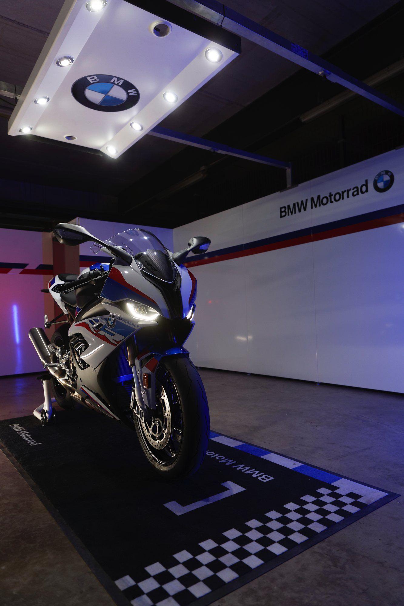 Die Neue Bmw S 1000 Rr Dampfhammer Mit 207 Ps Bestmotorcyclesmotorbikes Bmw Dampfhammer Die Mit Neue 2020 Bmw S1000rr