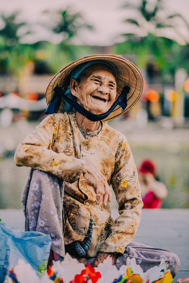 Beautiful smile | Vietnam people, People photography, Beautiful smile
