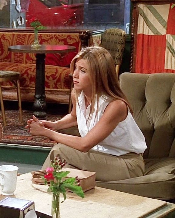 Jennifer Aniston | Rachel Green #rachelgreenoutfits