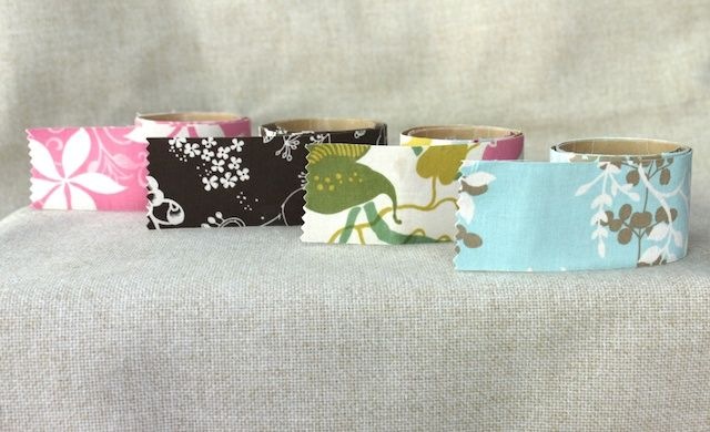 Another make your own fabric tape tutorial. this one by simplymodernmom #fabrictape
