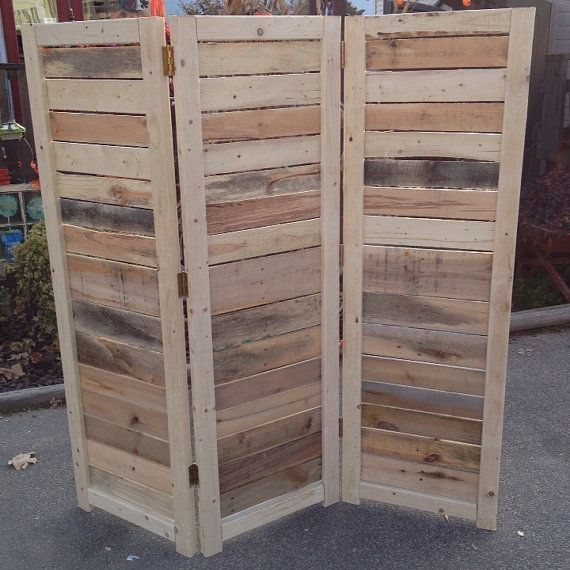 5 Wooden Pallet Diy Projects For Your Tiny Apartment